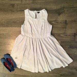 White Dress (Size 18)